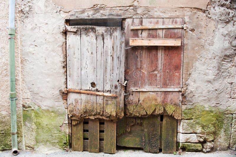 drzwi France stary drewniany fotografia royalty free