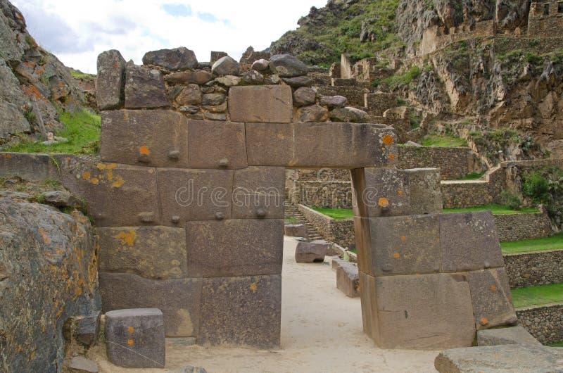 drzwi inka ollantaytambo Peru ruiny zdjęcia stock