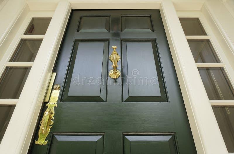 drzwi klasyczny styl obraz stock