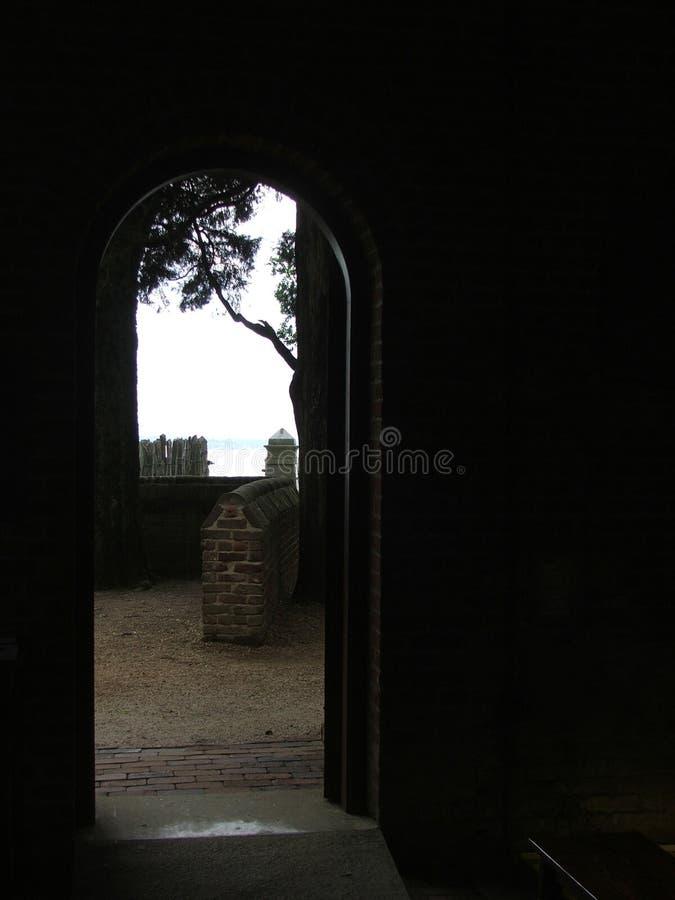 Download Drzwi na zawsze. zdjęcie stock. Obraz złożonej z wyjście - 132094