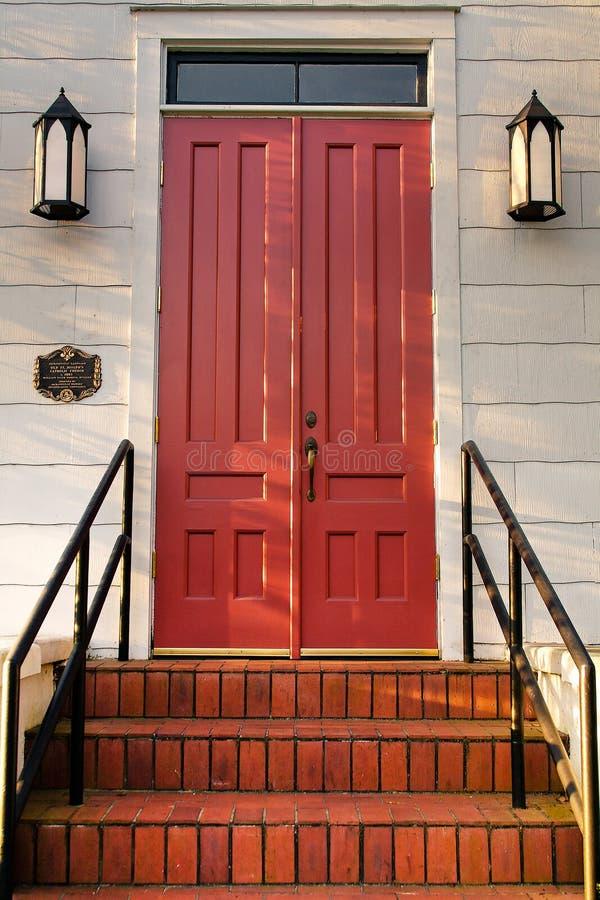 drzwi po schodach obraz stock