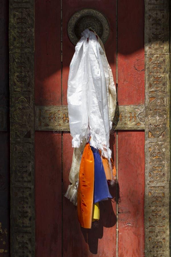 Drzwi przy Buddyjskiego monasteru świątynią zdjęcie stock