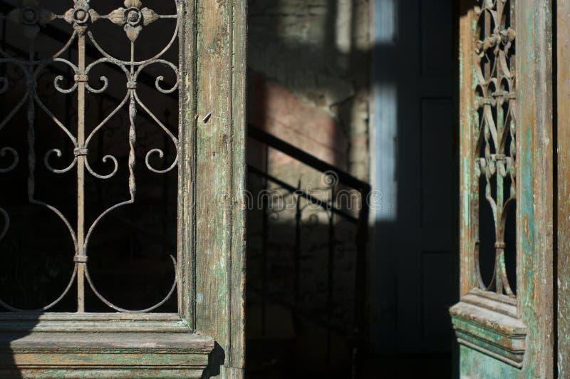 drzwi stary wejściowy obraz stock