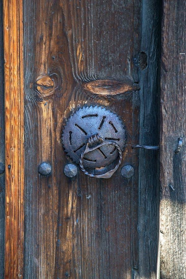 Drzwi w starym tradycyjnym bulgarian domu obraz stock