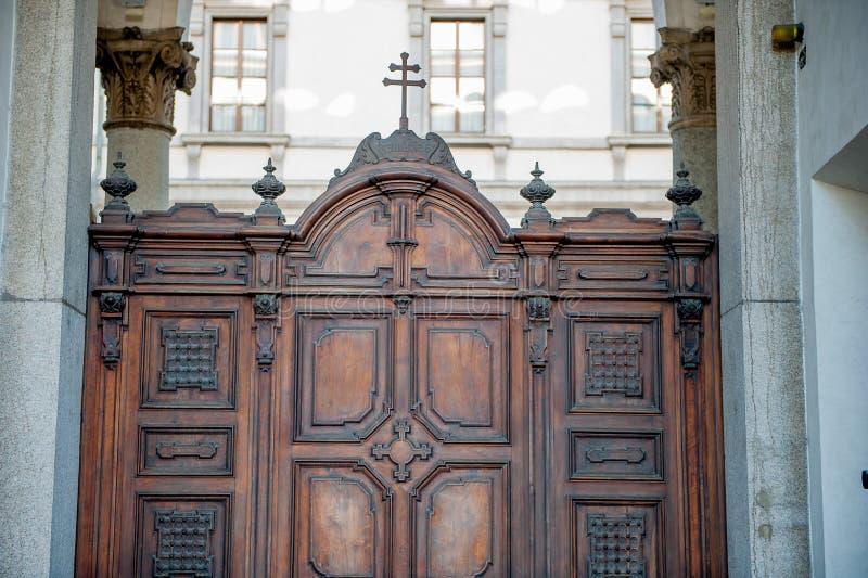 Drzwi wykładający obrazy stock