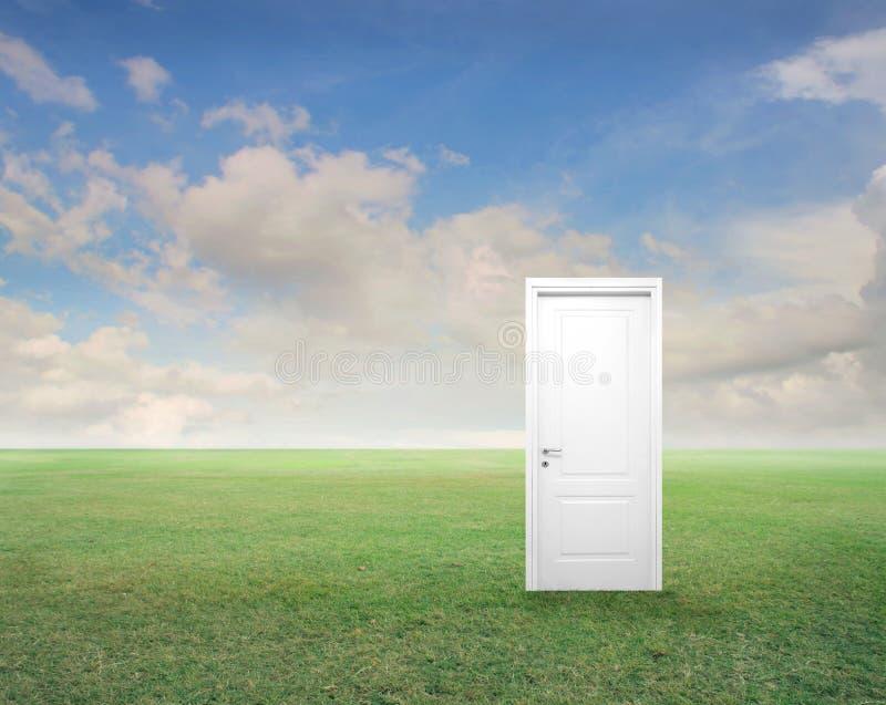 Drzwi z Chmurami obrazy royalty free