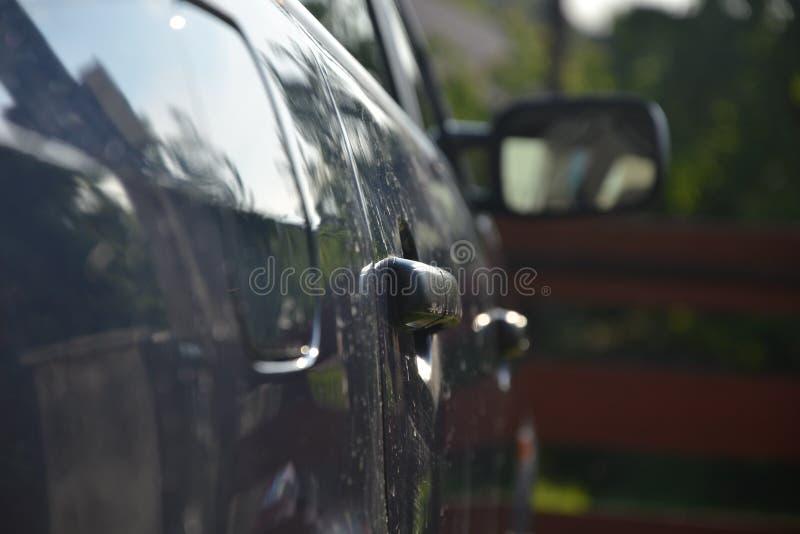 Drzwiowe rękojeści na samochodzie obraz stock
