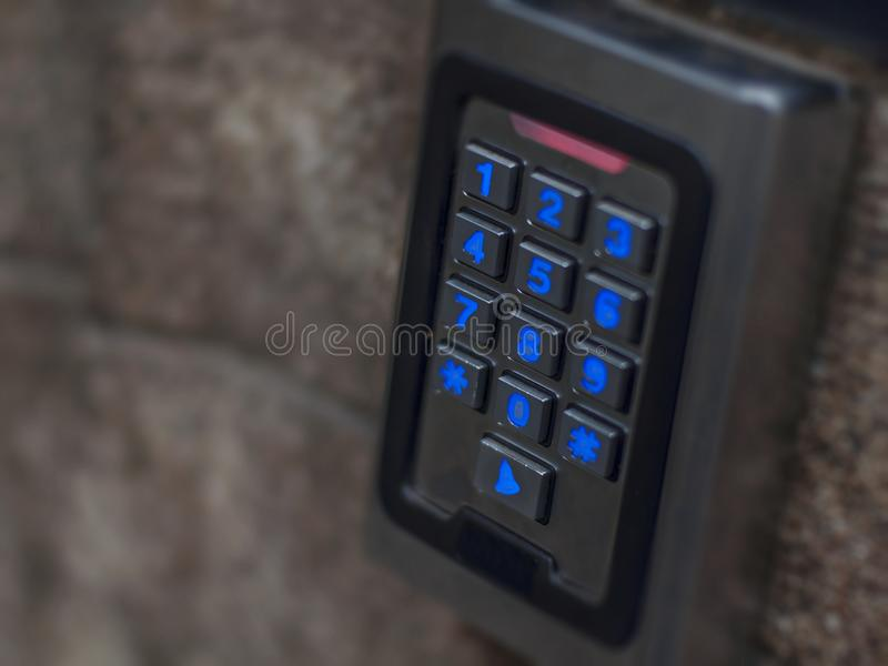 Drzwiowy cyfrowy elektroniczny dojazdowy hasła gacenia ochrony czujnik zdjęcia royalty free