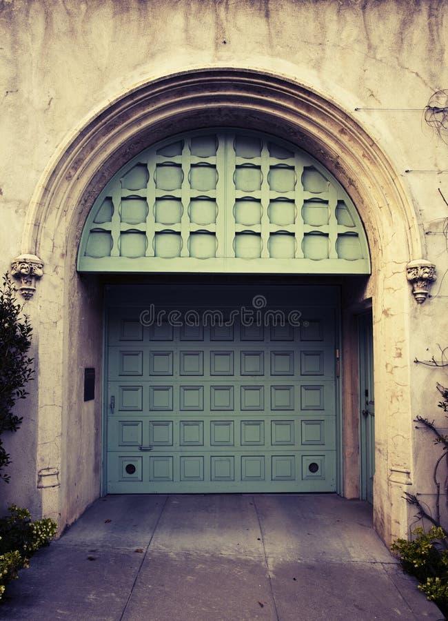 drzwiowy garaż obraz royalty free