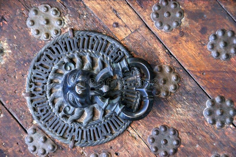 Drzwiowy lwa knocker zdjęcie stock