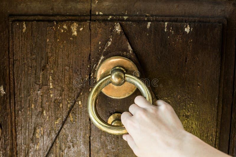 Drzwiowy pukanie obrazy royalty free