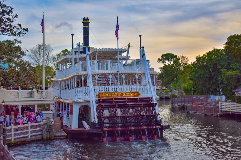 Dschungel-Kreuzfahrt in der Abenteuer-Insel am magischen Königreich in Walt Disney World lizenzfreie stockfotografie
