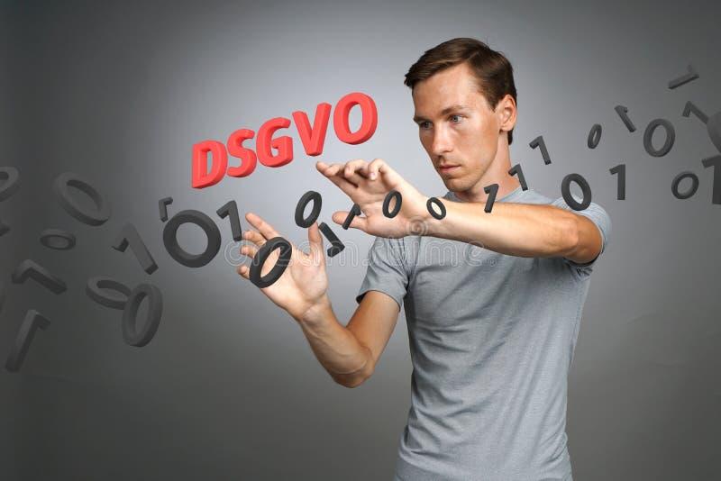 DSGVO, γερμανική εκδοχή GDPR, εικόνα έννοιας Γενικός κανονισμός προστασίας δεδομένων, προστασία των προσωπικών στοιχείων άτομο στοκ εικόνα με δικαίωμα ελεύθερης χρήσης