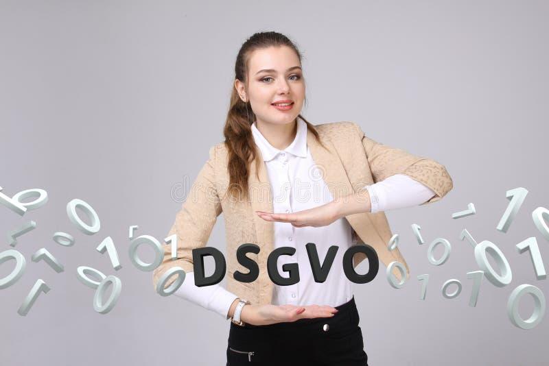 DSGVO, Duitse versie van GDPR, conceptenbeeld Algemene Gegevensbeschermingverordening, bescherming van persoonsgegevens jong royalty-vrije stock afbeeldingen
