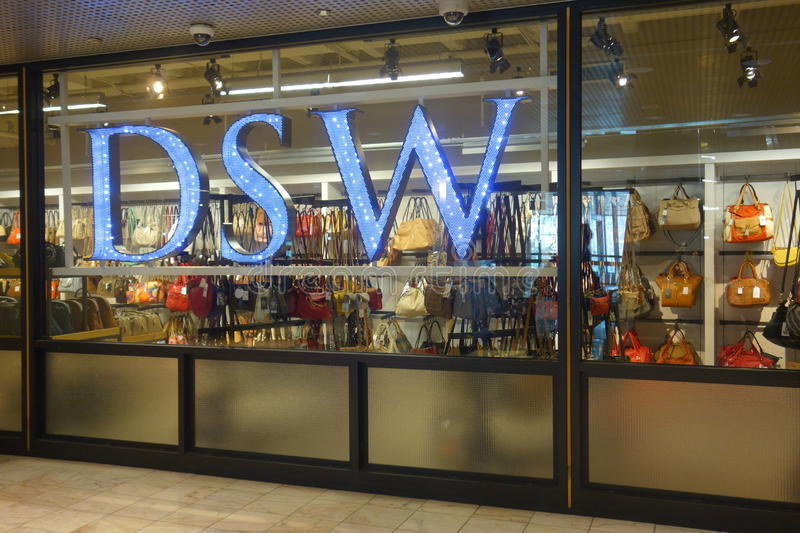 Designer Shoe Warehouse Union Square New York