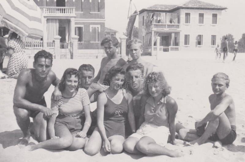 DT00030 ITALIA, VENEZIA 1938 - Lido di Jesolo -1938 Elza Zanetti - varan la foto foto de archivo libre de regalías