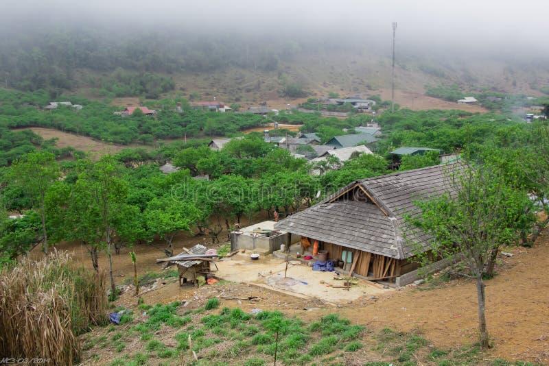 DT104 route, Moc Chau, Son La photo libre de droits