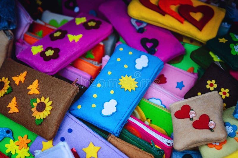 Dużo czuli handmade ołówkowe skrzynki dla dzieci szkolnych zdjęcie stock