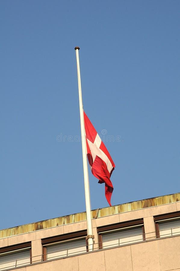 DUŃSKA flaga PRZY HAï ¿ ½ F MAST_CHILD_SOCIAL ministerstwem obraz royalty free