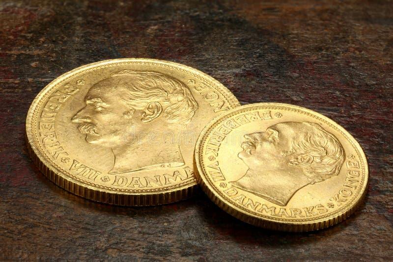 Duńskie złociste monety zdjęcie stock
