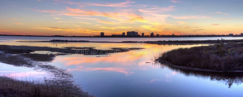 Duża laguny zimy zmierzchu panorama fotografia stock
