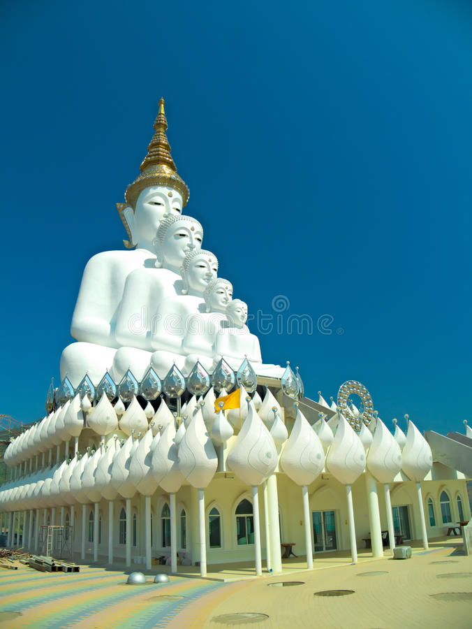 Duża pięć Buddha statua zdjęcie stock
