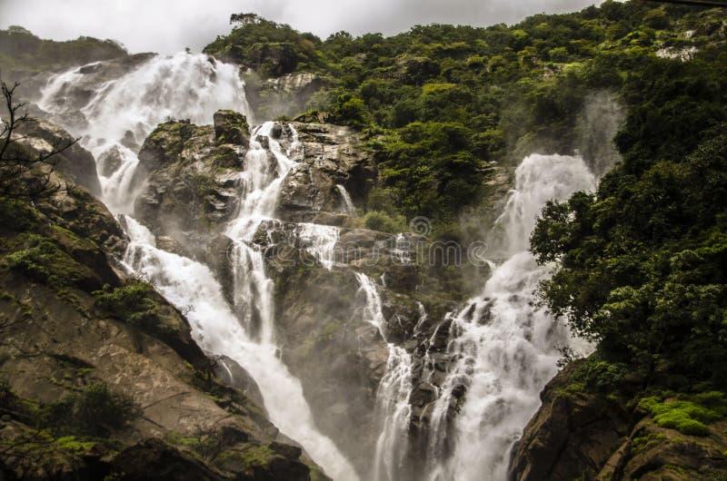 Duża siklawa w India zdjęcia royalty free