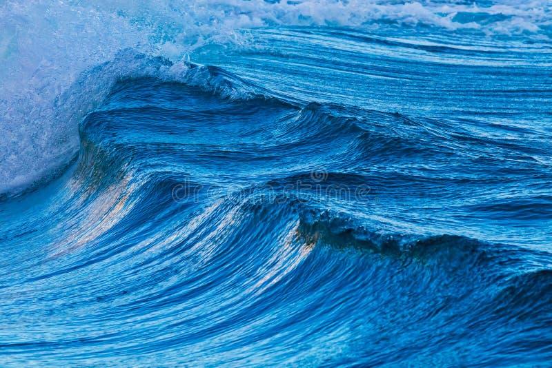 Duże fala od oceanu zdjęcia stock
