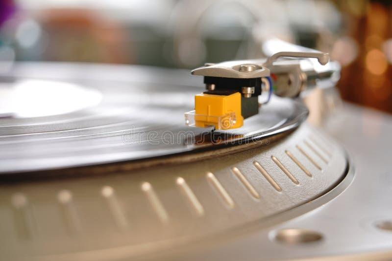 Dużego Żółtego Turntable Igielny Nabojowy Stylus Transmituje dźwięka od lP fotografia royalty free
