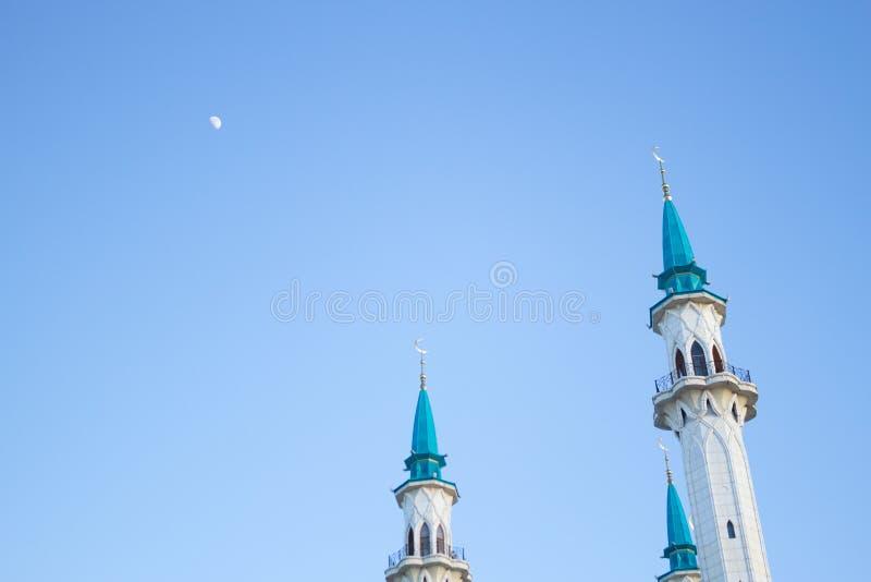 duży biały meczet zdjęcia stock