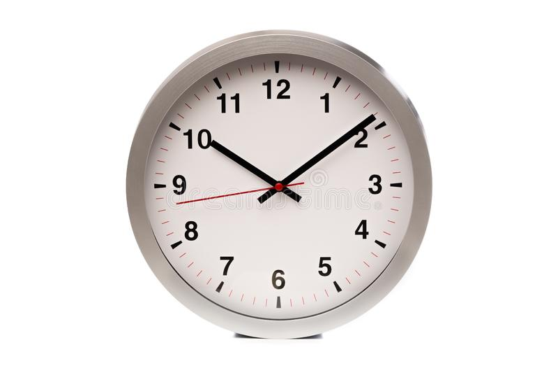 Duży bielu zegar pokazuje czas - wizerunek zdjęcia stock