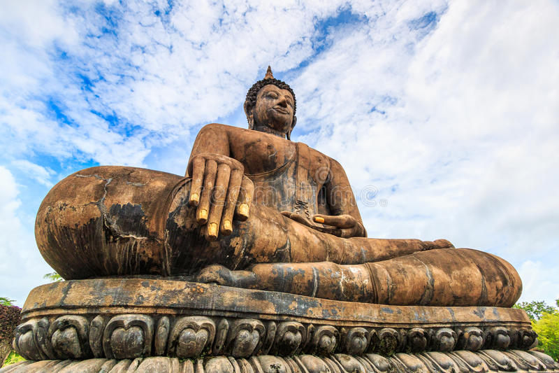 Duży Buddha przy Sukhothai dziejowym parkiem, Tajlandia obrazy royalty free