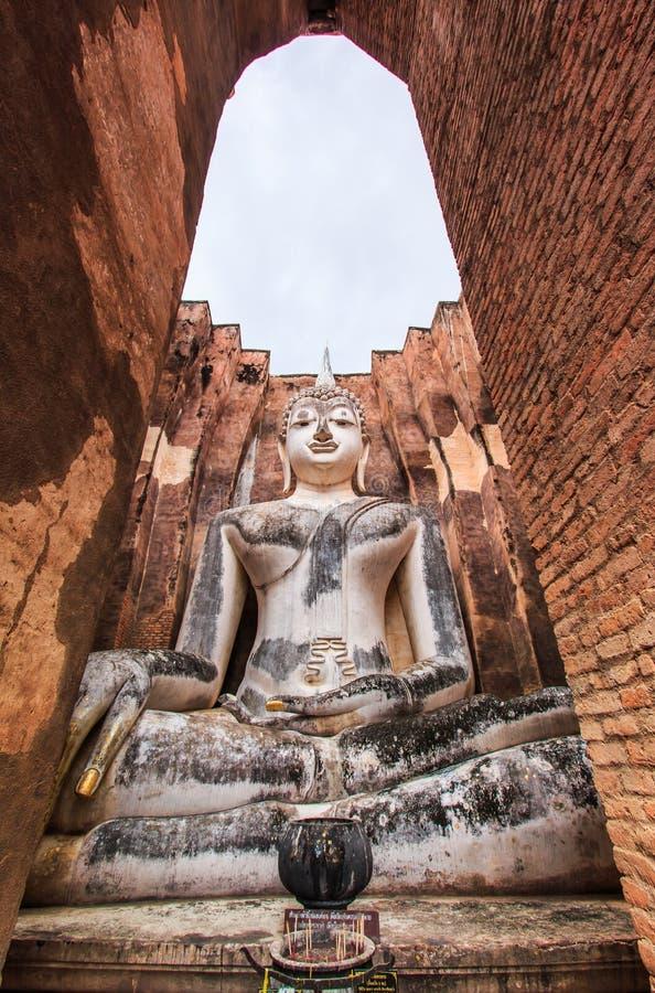 Duży Buddha przy Sukhothai dziejowym parkiem, Tajlandia obrazy stock