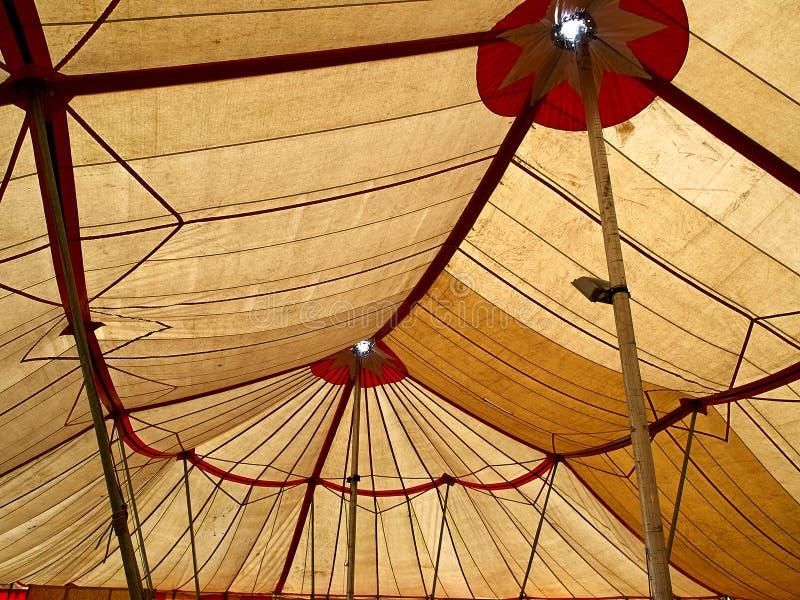 duży cyrkowego namiotu wierzchołek zdjęcia royalty free