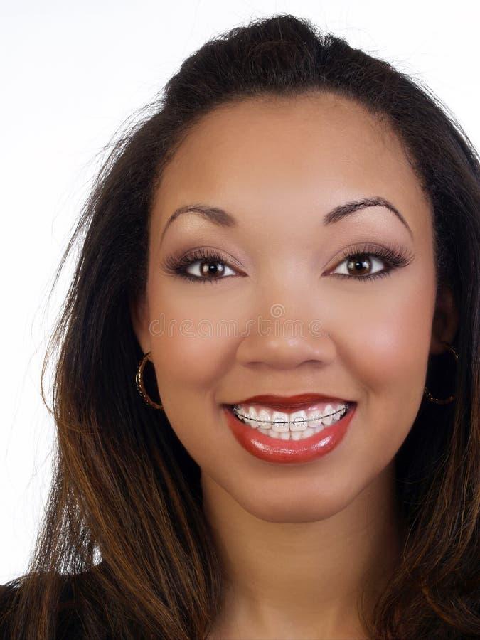 duży czarny uśmiechu kobiety potomstwa obraz stock
