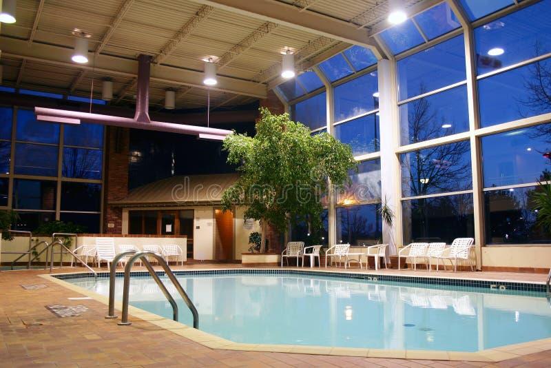 duży kryty basen opływa zdjęcie royalty free