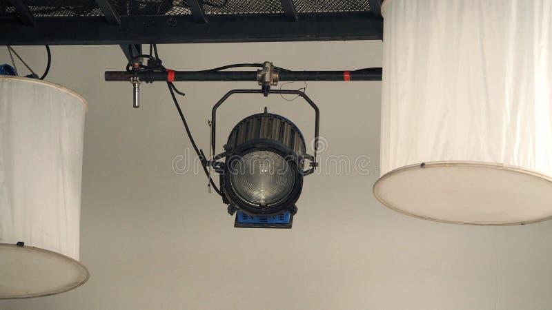 Duży produkcja punktu światła wyposażenie w studiu fotografia stock