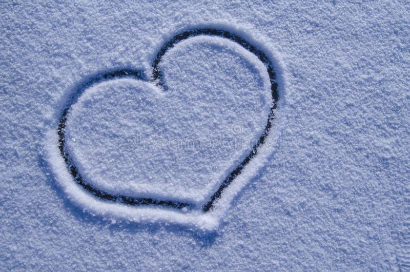 Duży serce w śniegu zdjęcie royalty free