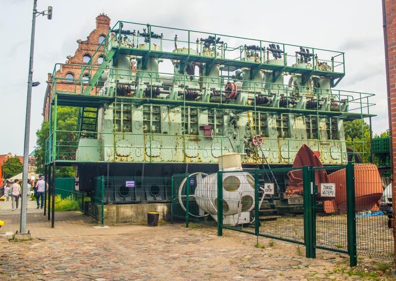 Duży stary statku silnik wystawiający w morskim muzeum zdjęcie royalty free