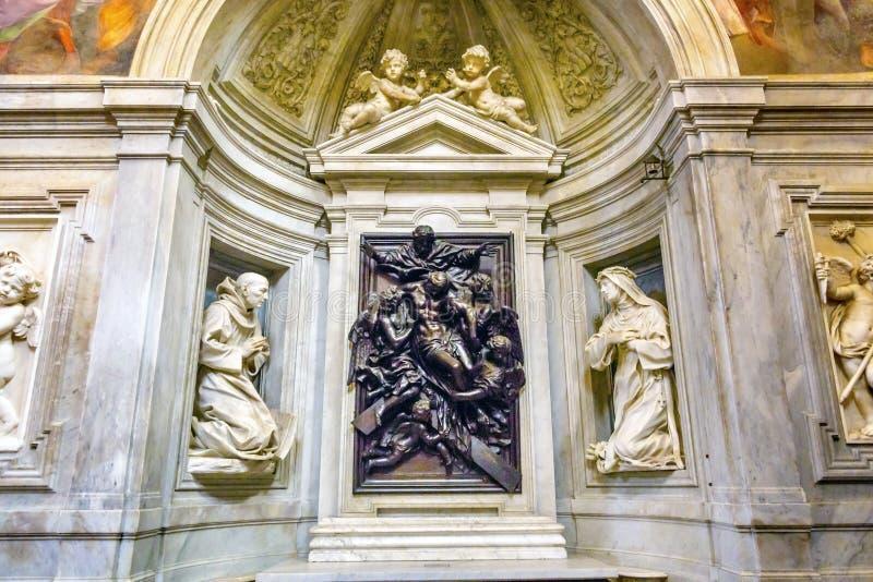 Du Christ statue Santa Maria Della Pace Church Rome Italy de croix vers le bas image stock