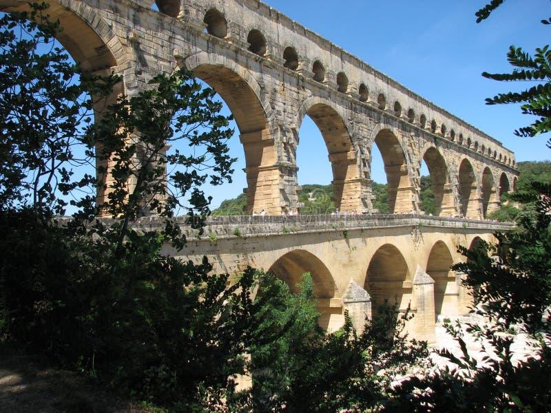 Du Gard van Pont aquaduct stock foto's