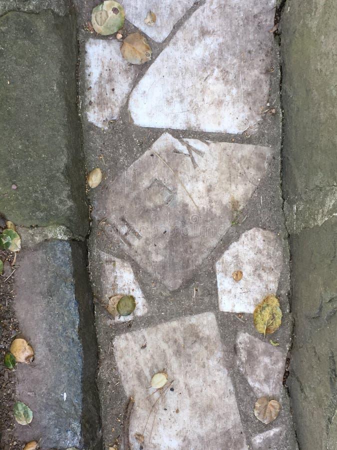 Du pavé topiaire de pierre tombale de cimetière, 1 photographie stock