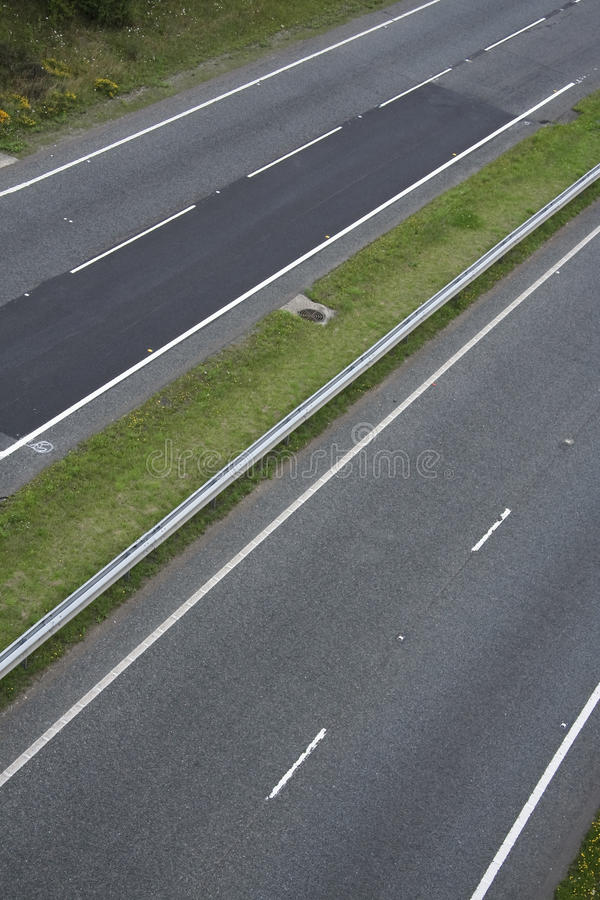 Free Dual Carriageway Two Lane Blacktop Road Royalty Free Stock Photography - 11782937