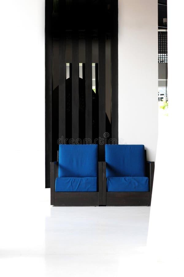Duas cadeiras azuis imagem de stock royalty free