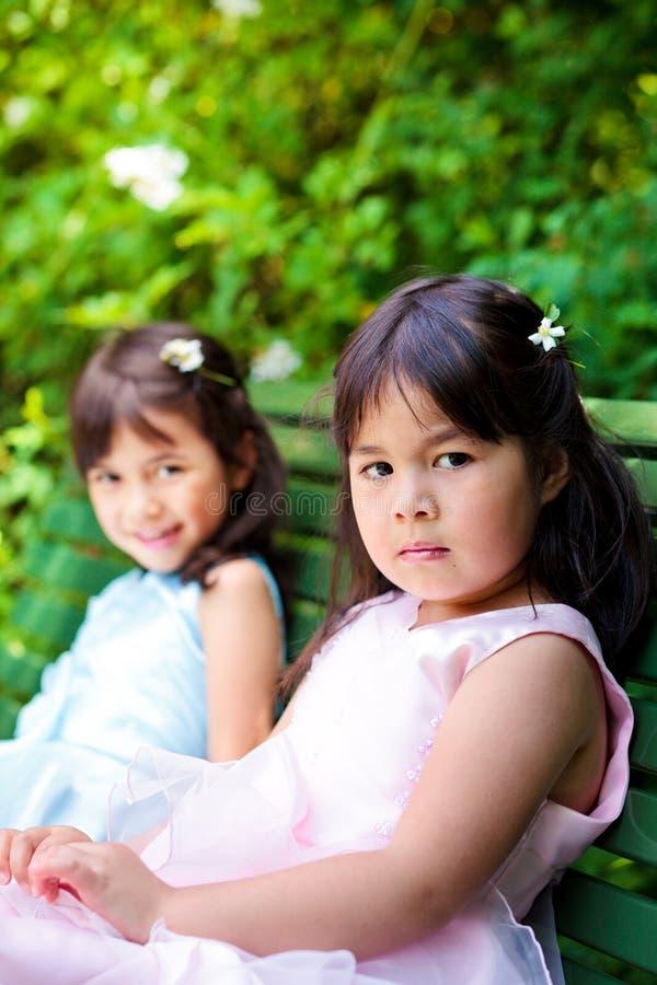 Duas irmãs imagens de stock