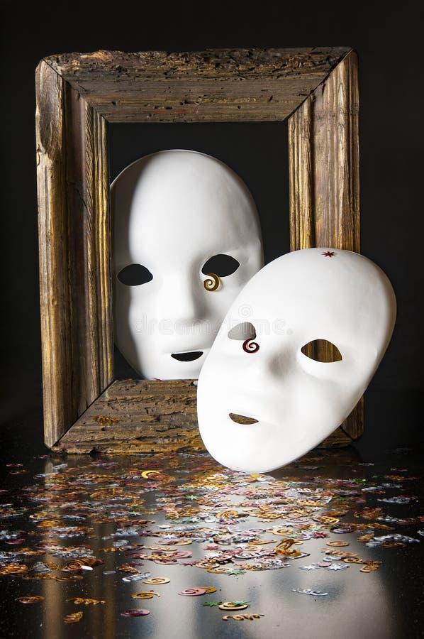 Duas máscaras brancas imagens de stock royalty free
