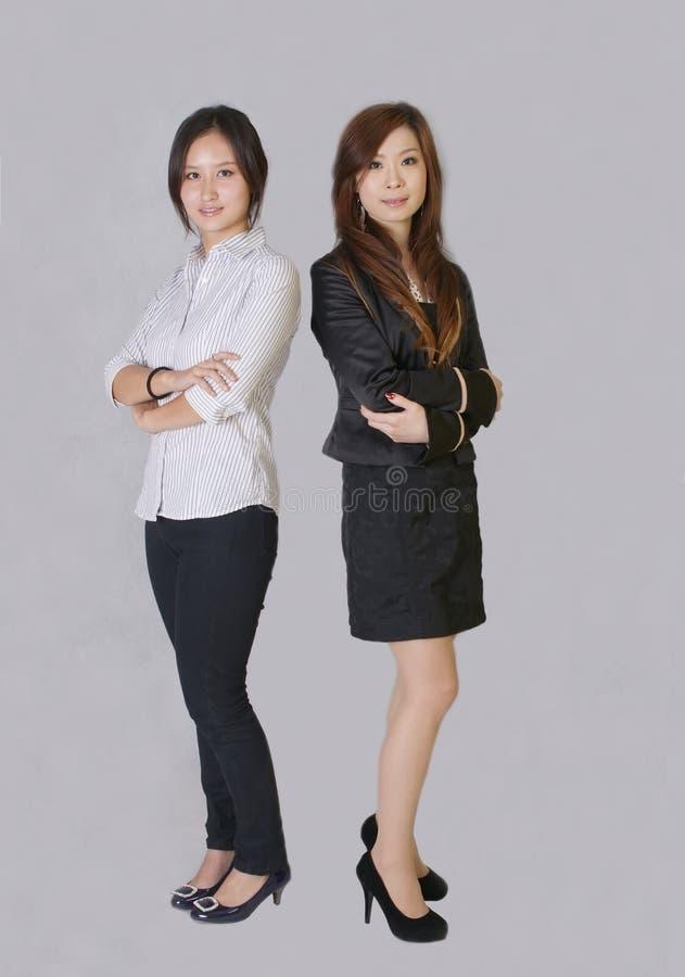 Download Duas meninas foto de stock. Imagem de estar, desgaste - 12800794