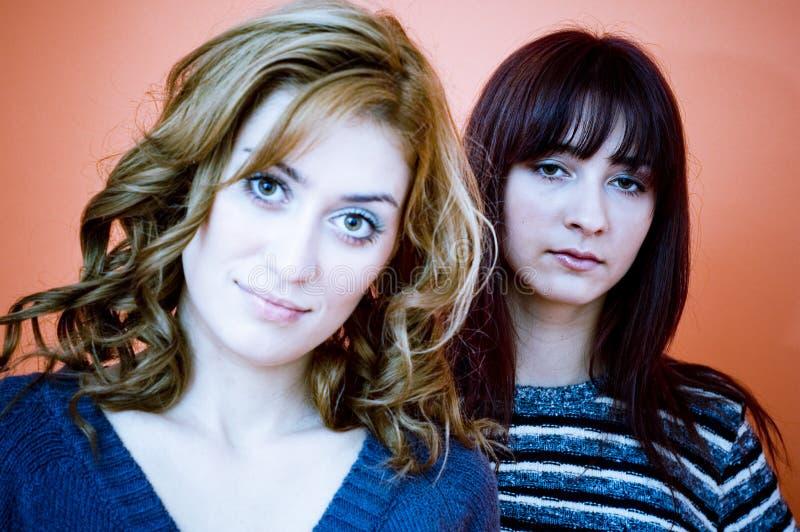 Duas mulheres fotografia de stock