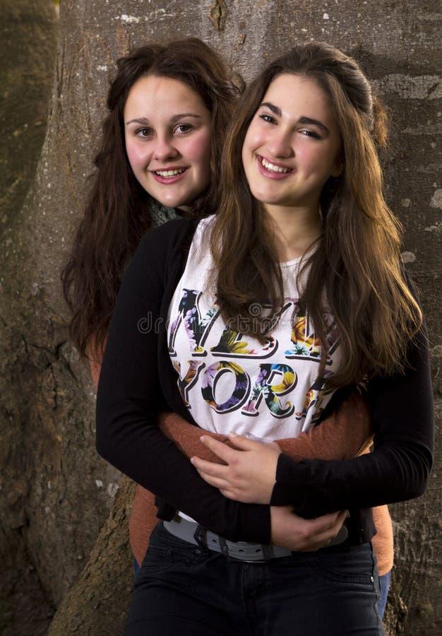 Duas primos ou irmãs imagens de stock royalty free