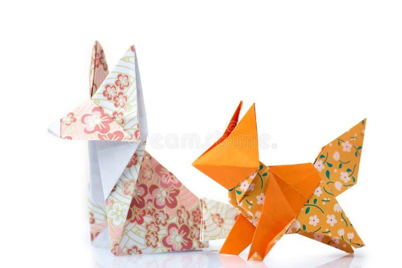 Duas raposas do origâmi imagem de stock